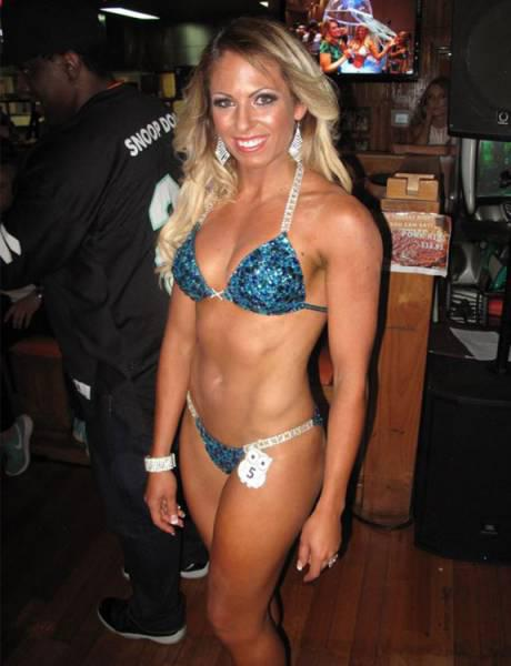miss_hooters_2016_039